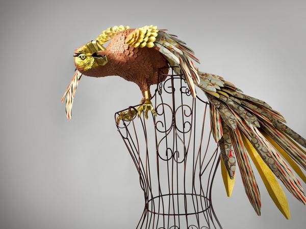 تصاميم ورقيه تم أنشائها في معرض المجوهرات