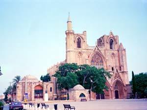 رحلة سريعة الى قبرص